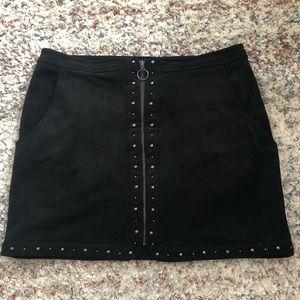 AEO Suede, Front Zip Studded Skirt